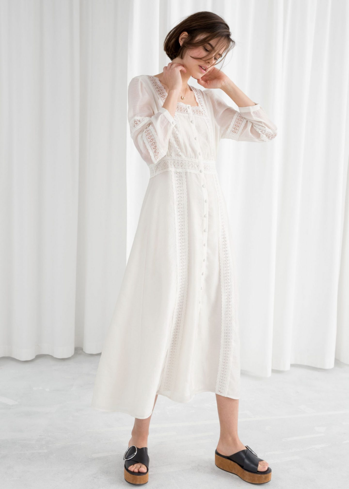 https://www.stories.com/en_eur/clothing/dresses/product.lace-midi-dress-white.0656822001.html